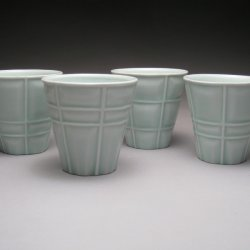 set of juice cups